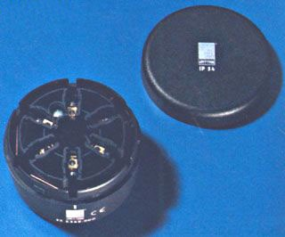 2368000 RTL SZ 901 SIGNAL COLUMNS CONN. F/TUBE MOUNT AND END COVER 63988920006