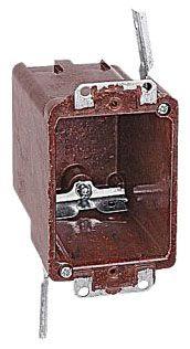 6070-4-UB CAR 1G SWITCH BOX W/SWING BRKT 50PC/CASE