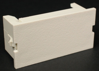 CM2-BL-WH WIREMOLD 2A BLANK MODULE WHITE 78677601827