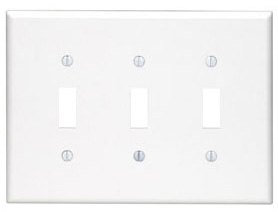 80511-W LEV 3G MIDWAY PLATE W/3 TOGGLE WHITE
