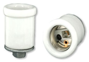 10065 LEV 660W 250V KEYLESS MED LAMPHOLDER 12