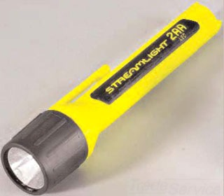 67101 STREAMLIGHT 2AA LED WITH ALKALINE BATTERIES - BLISTER PACKAGED - YELLOW
