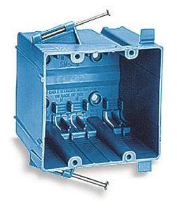 SN-241 CAR PLASTIC BOX