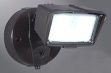 FSS1530LPCES LUMARK 20W LED FLOODLIGHT DUSK TO DAWN BRONZE 1475 LUMENS 5000K 120V