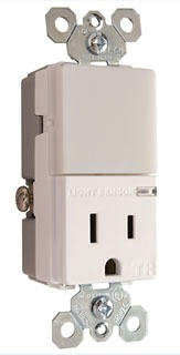 NTL-81TRWCC6 P&S NIGHT LIGHT + 1 OUTLET WH 78500703536
