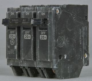 THQL32020 GE 3P-20A-240V CB 138