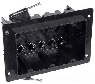 NG-354-V CAR 3 GANG VEE CLAMP BRACKET BOX