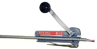 RS-101B SEATEK NEW ROTO-SPLIT WITH AUTO-CLAMPING FEATURE. DOES NOT REQUIRE ADJUSTMENT TO CLAMP 14-2 TO AWG 10-4 BX, MC OR 3/8