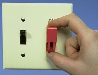 PSL-WS PAN WALL SWITCH LOCK-OUT G1A