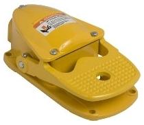 SQD 9002AW5 FOOT SWITCH 600-VAC 5-AMP PLUS OPTIONS