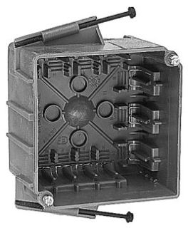 UNION 4S-812C 4-INCHES 18.0 CUIN REINFORCED PHENOLIC SQUARE BOX WITH MOLDED FAST CLAMPS
