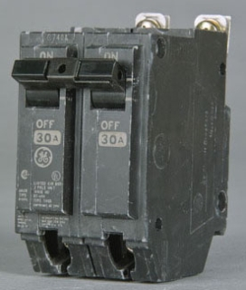 GE Industrial Solutions THQB21100 2-Pole 100 Amp 120/240 Volt 10 Kaic 1 Inch Bolt-On Molded Case Circuit Breaker
