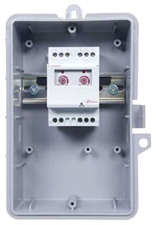 LM2-O-120 2-CHANNEL LIGHT CONTROLLER, NEMA 3R OUTDOOR PLASTIC ENCLOSURE, 10 AMP SINGLE CHANNEL SWITCH WITH LS2 SENSOR