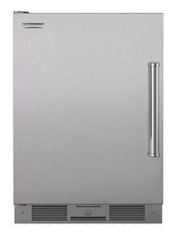 "24"" Undercounter Refrigerator - 5.7 Cu Ft, 5-Shelf"