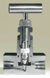 "1/4"" Alloy Steel Needle Valve - T-Handle, MPT x FPT, 6000 psi"