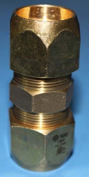 """3/4"""" Brass Straight Coupling - AutoSnap"""