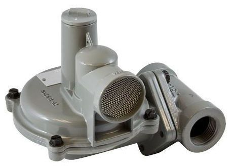 """1"""" Cast Iron Spring Loaded Self-Operated Gas Pressure Regulator - FPT, 5"""" to 8"""" WC"""