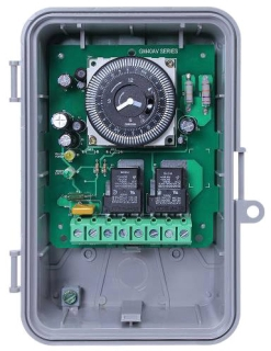 GM40AV 24-HOUR ELECTROMECHANICAL, 40A, SPDT/DPDT, AUTO-VOLTAGE, NEMA 3R OUTDOOR PLASTIC ENCLOSURE