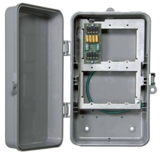 IG2T3R 2 LINE OUTDOOR PHONE PROTECTOR IN NEMA 3R PLASTIC ENCLOSURE