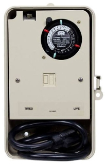 P1261P 2 CIRCUIT PORTABLE OUTDOOR TIMER WITH TIMED CIRCUIT AND LIVE CIRCUIT GFCI RECEPTABLE. WITH 3 PRONG PLUG AND CORD 15AMP 1800W