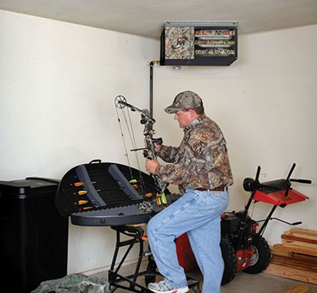 "Modine Hot Dawg® Power Vented Gas-Fired Unit Heater, 35.5"" x 31"" x 20.5"", 125000 BTU/Hr, 1980 CFM Air Flow, 22 Gauge Aluminized Steel, Permanently Lubricated Motor Fan/Motor, Ceiling Hanger Mount, Propeller Unit, Low Profile"